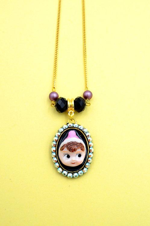 TIMBEE LO 粉紅帽子娃娃綴水晶項鍊