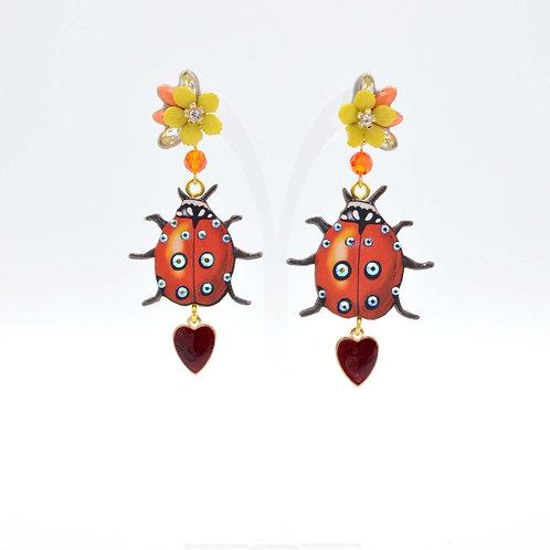 甲蟲木片耳環綴施華洛水晶