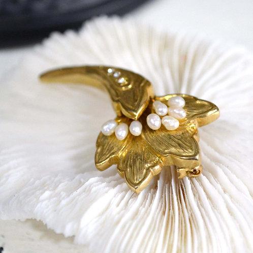 鍍金花形真珍珠閃鑽胸針 高貴優雅 日本高級二手中古珠寶首飾