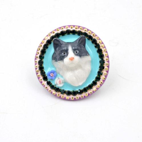 黑白色波斯貓咪立體裝飾戒指 黃銅指輪可翻新調整尺寸 施華洛水晶