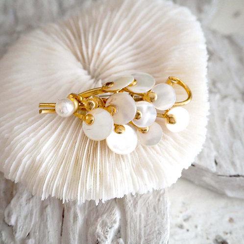 鍍金貝殼片珍珠花束胸針心口針別針襟針日本高級二手中古珠寶首飾