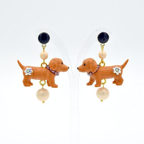 蠟腸狗綴水晶珍珠耳環