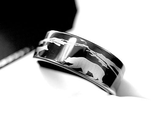 Bear and Fox Facing Pattern Engraved Ring Black Tungsten Ring for Mens and Women