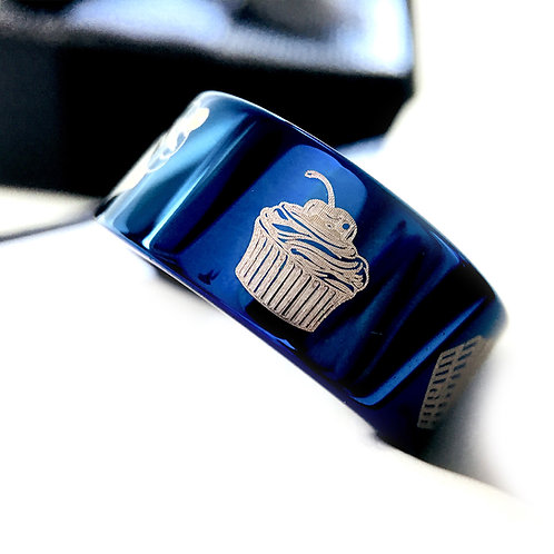 Mens Wedding Bands, Women Blue Tungsten  Ring, Cupcakes Pattern Engraved Tungsten Ring, Tungsten Ring, Mens and Women Promise