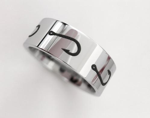 Fishing hook pattern ring engraved tungsten ring for Fish hook wedding ring