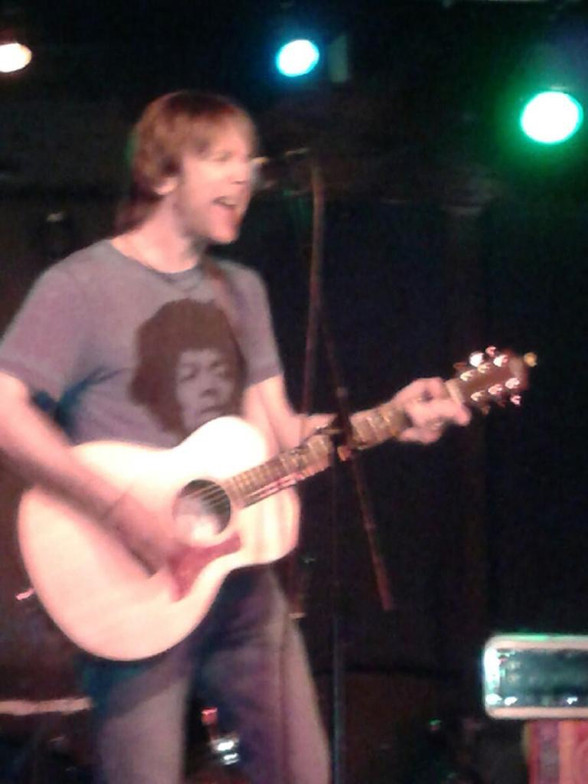 """Freddy Monday performs at the """"International POP Overthrow"""" NYC."""