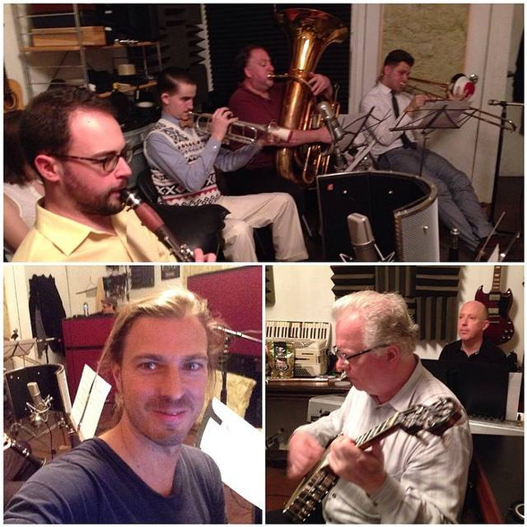 In session for some ragtime hot jazz 1920's style.