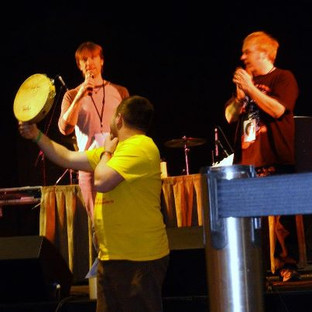 Tambourine from Freddy Monday's album auctioned at MONKEES convention.