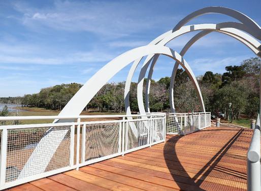 Lago Municipal está aberto aos cascavelenses já com nova ponte no cenário