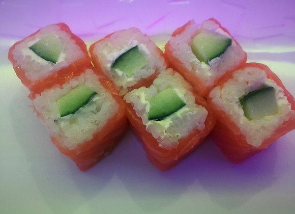 Salmon Roll Concombre Cheese x6