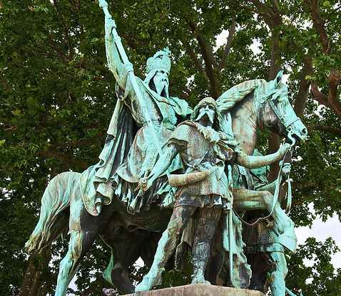 Charlemagne_Notre_Dame_02.jpg