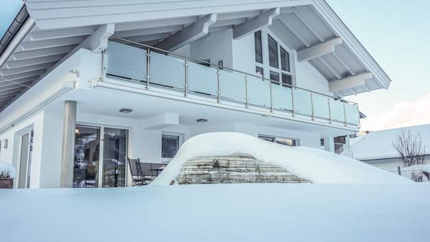 Hausansicht Winter_Au Villa(c)auingers_F