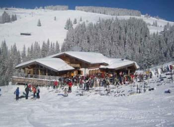 Au_Alm_Söll_Skihütte_slope.jpg