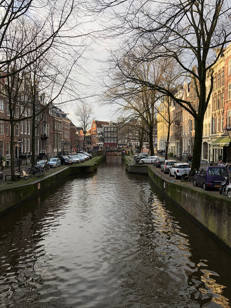 PH93 is located in canal area of Amsterdam
