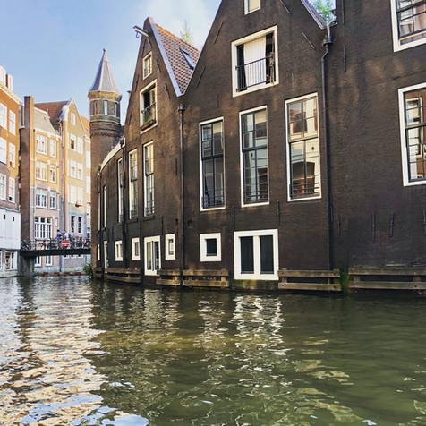 PH93 is located in beautiful Amsterdam centrum neighbourhood
