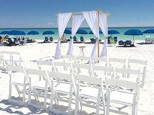setting-up-at-the-beach-NAG2V3F.jpg