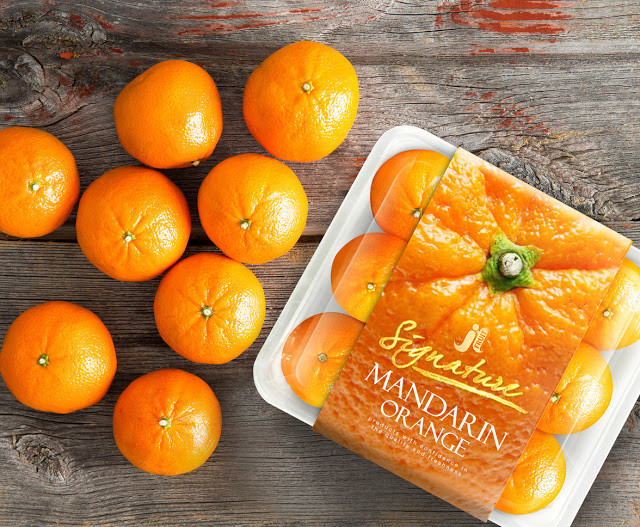 Packaging fresh oranges