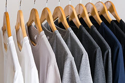 close-up-t-shirts-hangers_51195-3851.jpg