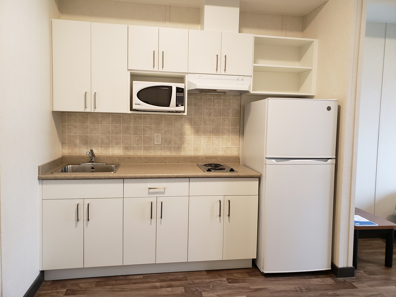Kitchenette in Bachelor Suite