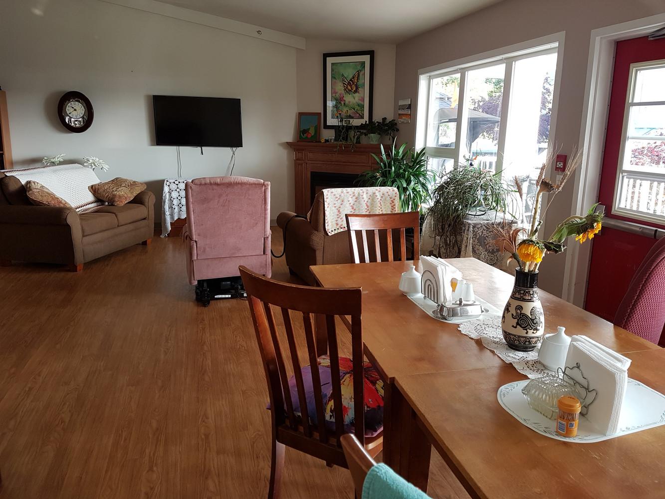 Martin Manor (Lounge)