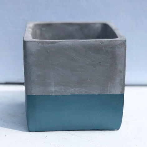 "4.5"" cement cube, slate"