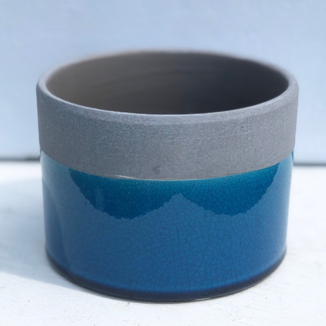 """5""""x4"""" cement cylinder, tropical"""