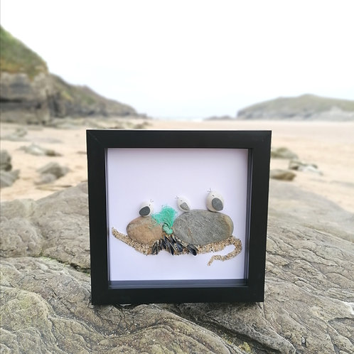 Seaguls On The Rocks Art Picture Frame