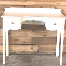 White Vintage Desk