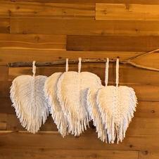 Heart leaf macrame hanging