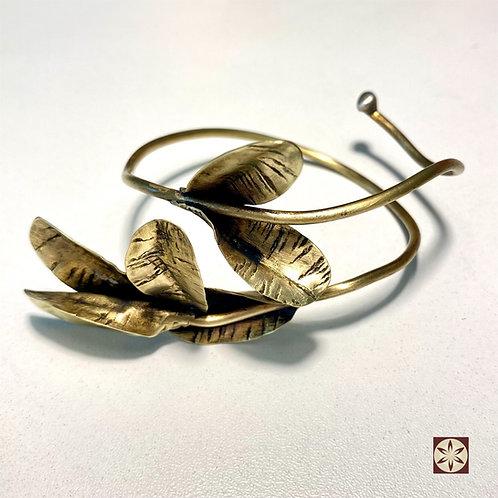 Bracelete Folhas de Arruda