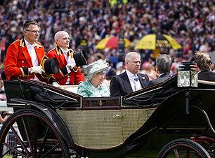Royal+Ascot+Queen+(2).jpg