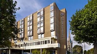 HL_hotelextcenter01_2_677x380_FitToBoxSm