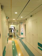 Le couloir de chirurgie 3 de l'Hôpital des Pays de Morlay