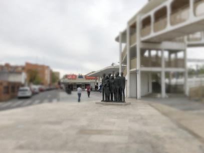 Gare d'Alcalá de Henares. Monument aux victimes de l'attentat terroriste du 11 mars 2004