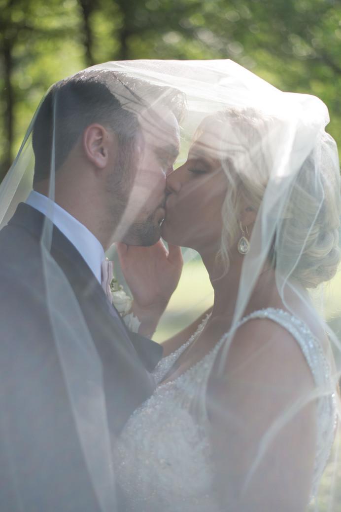 Ashton and Kales 9 Oak Wedding