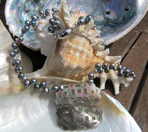Pearl Necklace with Abalone Pendant