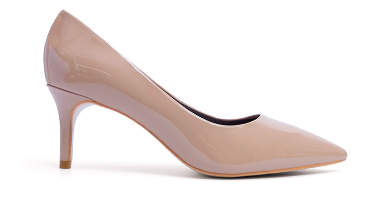 Giày Gót Nhọn Da Bóng Sulily màu kem đậm