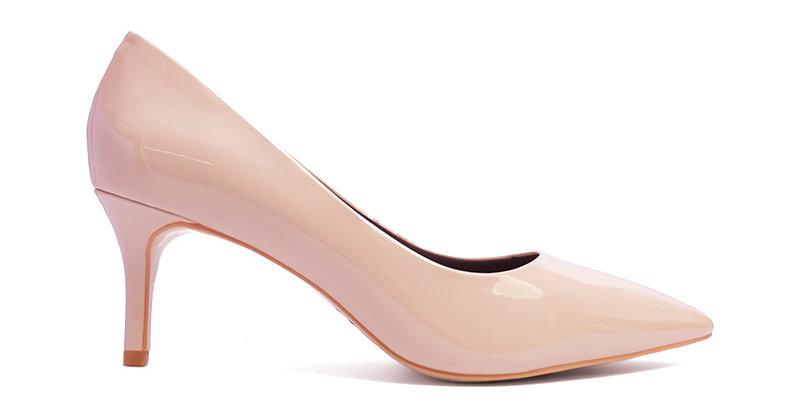 Giày Gót Nhọn Da Bóng Sulily màu kem nhạt