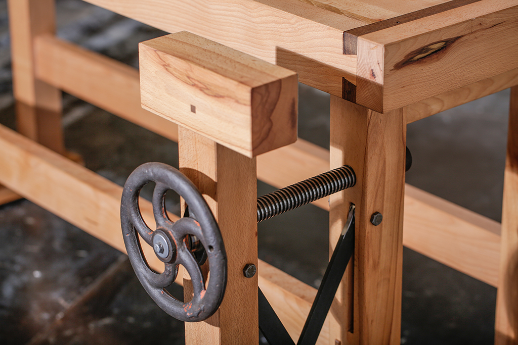 Craftsman-table-19