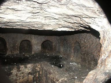 Otniel Tomb