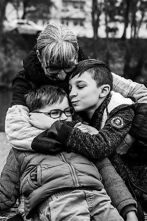 Shooting photo à Metz mamie et ses petits enfants 3iphotographie