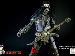 Calvin's Custom x 7TOYS7 One & ONLY eBay Exclusive 04: UNDEAD GUITARIST