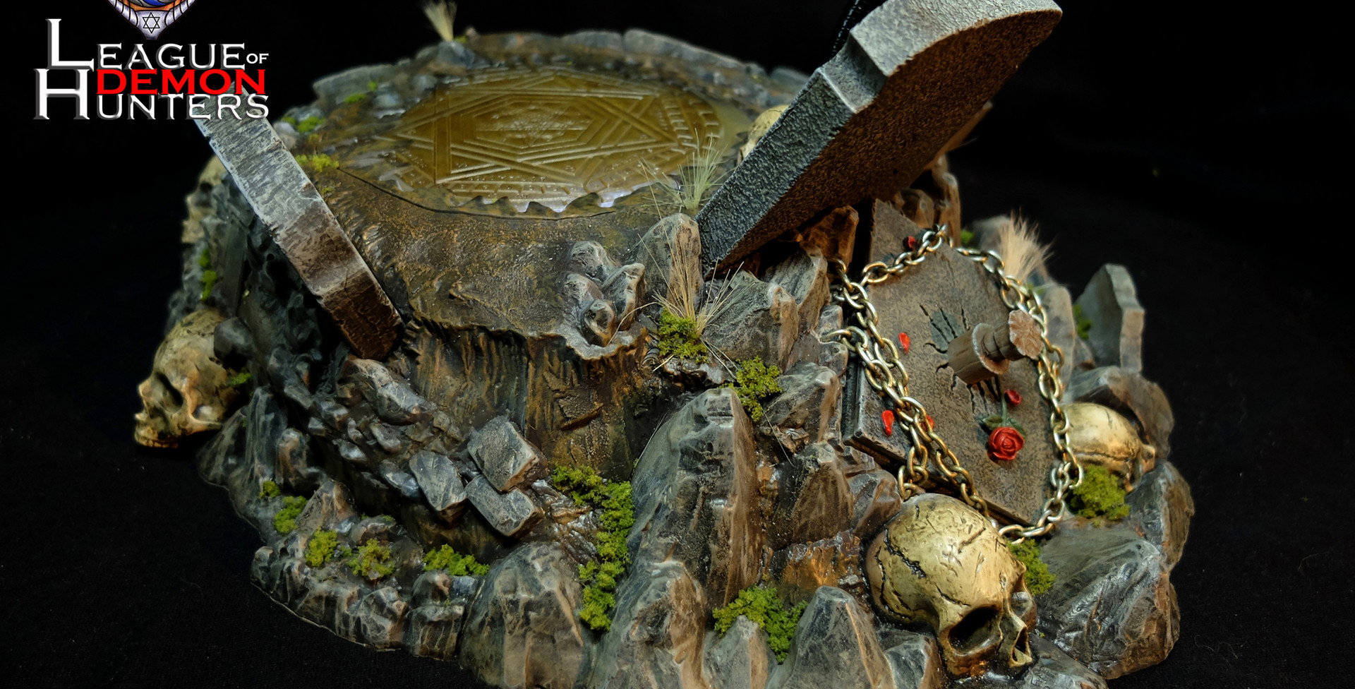Tomb of Dracula Diorama Base  League of Demon Hunters I Paul the Holy Disciple  Original Design by GATE TOYS