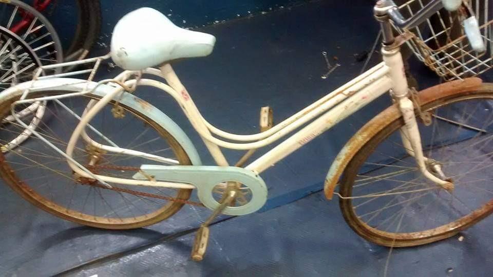 Restauração bicicleta Ceci - antes