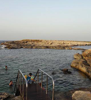 qawra-point-beach-ta-fra-ben-451823.jpg