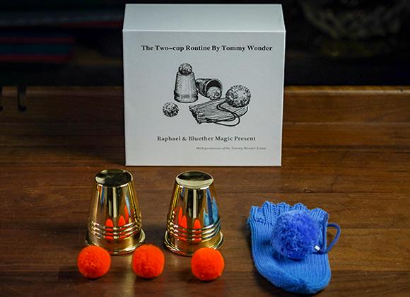 Tommy Wonder Cups & Balls Set (Brass) (GV $22)