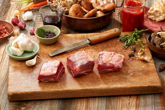 Product photography for Frontiere Natural Meats