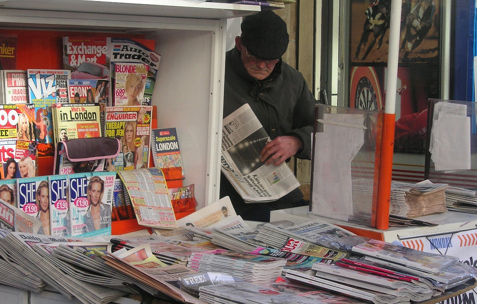 man-journal-magazine-art-kiosk-sale-1081