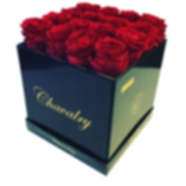 Beautiful Red Roses in Black Box. Best Valentine's Day Roses and Mother's Day Flowers. Long Lasting Luxurious Flowers in Boxes.