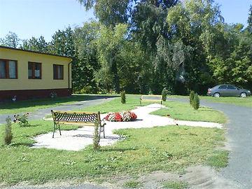 Idősek otthona park